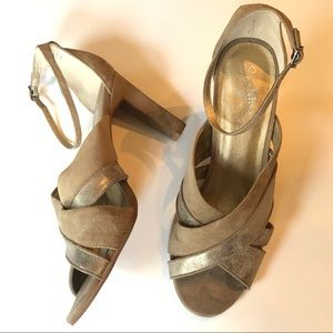 Silver metallic, taupe Seychelles suede heels 10